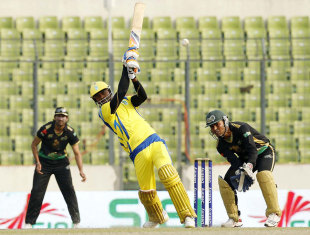 Marlon Samuels scored a rapid 72, Chittagong Kings v Dhaka Gladiators, Bangladesh Premier League, Mirpur, February 13, 2012