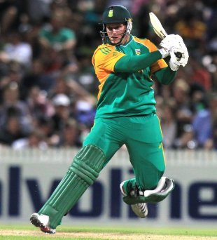 Richard Levi cuts during his century, New Zealand v South Africa, 2nd Twenty20 international, Hamilton, February 19, 2012
