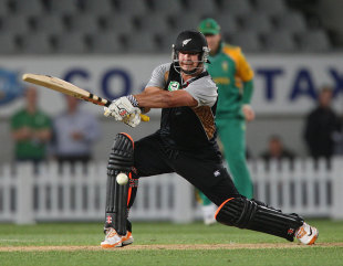 Jesse Ryder cuts on his way to a half-century, New Zealand v South Africa, 3rd Twenty20, Auckland, February 22, 2012