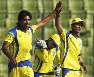 Mohammad Sami celebrates one of his three wickets, Khulna Royal Bengals v Duronto Rajshahi, Bangladesh Premier League 2012, Mirpur, February 26, 2012