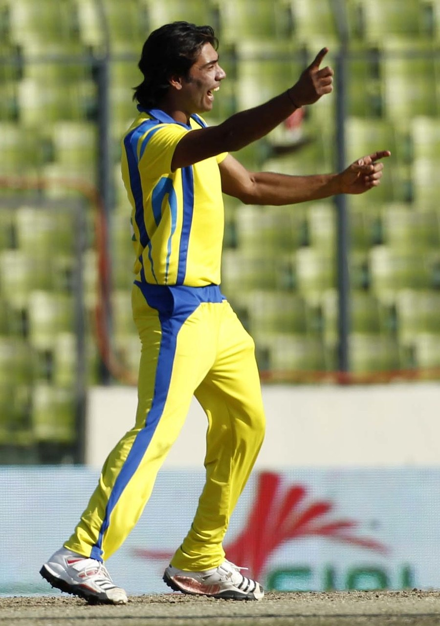 Mohammad Sami took 5 for 6 in 3.2 overs