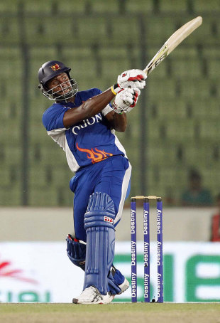 Dwayne Smith scored 103 not out, Dhaka Gladiators v Duronto Rajshahi, BPL, Mirpur, February 27, 2012