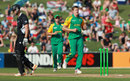 Morne Morkel bowls James Franklin