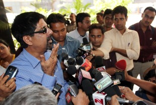 Kris Srikkanth speaks to the press, Mumbai, February 29, 2012