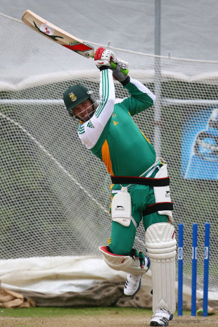 Jacques Kallis has a bat in the nets, Dunedin, March 6, 2012