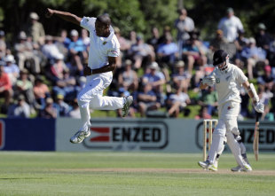 Vernon Philander is pumped up after dismissing Kane Williamson, New Zealand v South Africa, 1st Test, Dunedin, 2nd day, March 8, 2012
