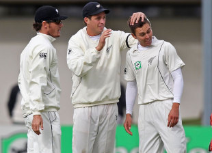 Tim Southee congratulates Trent Boult on getting the wicket of Jacques Kallis, New Zealand v South Africa, 1st Test, Dunedin, 4th day, March 10, 2012