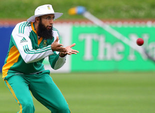 Hashim Amla during fielding practice ahead of the third Test, Wellington, March 22, 2012
