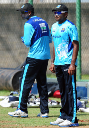 Angelo Mathews and Mahela Jayawardene at a training session, Colombo, April 2, 2012