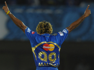 Lasith Malinga picked up three wickets, Deccan Chargers v Mumbai Indians, IPL 2012, Visakhapatnam, April 9, 2012