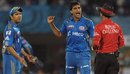Munaf Patel has words with the umpire, Deccan Chargers v Mumbai Indians, IPL 2012, Visakhapatnam, April 9, 2012
