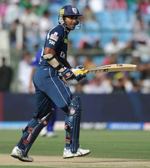 Kumar Sangakkara delivered a strong start, , Rajasthan Royals v Deccan Chargers, IPL 2012, Jaipur, April 17, 2012