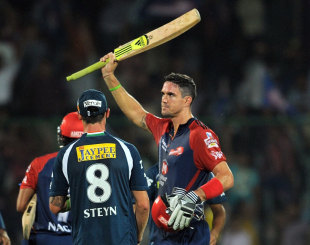 Kevin Pietersen celebrates the win and his hundred, Delhi Daredevils v Deccan Chargers, IPL, Delhi, April 19, 2012