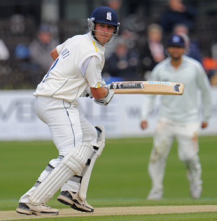 Jonathan Trott made 178 at Hove, Sussex v Warwickshire, County Championship, Division One, Hove, 2nd day, April 26, 2012