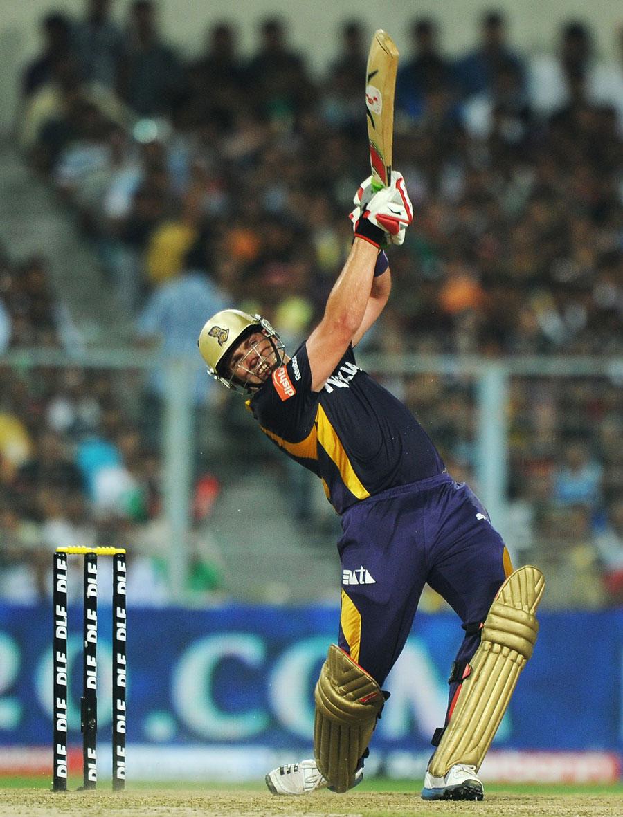 Jacques Kallis hammered 41 off 27 balls | Photo | Indian Premier League | ESPNcricinfo.com
