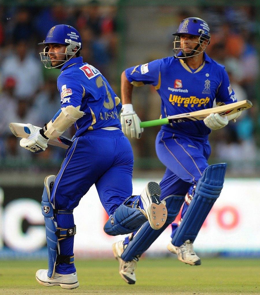 Rahul Dravid and Ajinkya Rahane run between the wickets   Photo   Indian Premier League   ESPNcricinfo.com