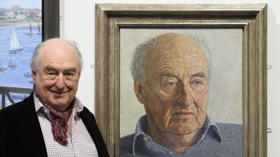 Henry Blofeld with a portrait of himself