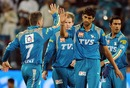Ashish Nehra took 2 for 19, dismissing Sachin Tendulkar and Robin Peterson, Pune Warriors v Mumbai Indians, IPL, Pune, May 3, 2012