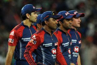 Delhi Daredevils wait for the third umpire's decision, Delhi Daredevils v Kolkata Knight Riders, 1st qualifier, IPL 2012, Pune, May 22, 2012