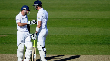 Andrew Strauss and Kevin Pietersen put on a hundred partnership during the evening session