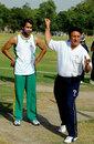 Abdul Qadir passes on a few tips to Imran Tahir, Lahore, May 29, 2012