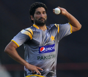 Sohail Tanvir during a training session on Saturday, Hambantota, June 2, 2012