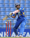 Tillakaratne Dilshan guided Sri Lanka early on
