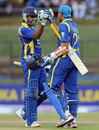 Mahela Jayawardene and Tillakaratne Dilshan added 86 for the fourth wicket, Sri Lanka v Pakistan, 2nd ODI, Pallekele, June 9, 2012