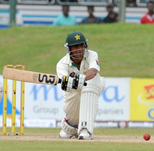 Pakistan will need Younis Khan to use all his experience on lively South African pitches