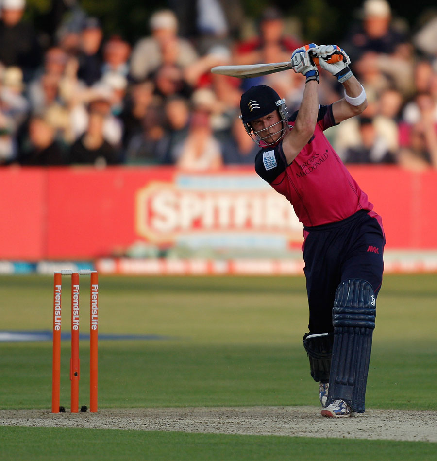Joe Denly hit an unbeaten 90 against his former club