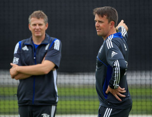 Graeme Swann chats with Peter Such during training, Lord's, June 27, 2012