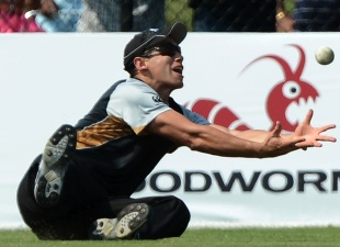 Ross Taylor drops Kieron Pollard on 38, West Indies v New Zealand, 1st Twenty20, Florida, June 30, 2012