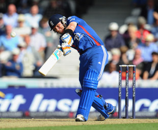 Ian Bell made passed 50 for the third time in his last four ODI innings