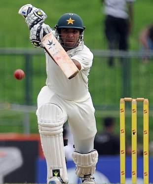 Taufeeq Umar drives one through the off side, Sri Lanka v Pakistan, 3rd Test, Pallekele, 1st day, July 8, 2012