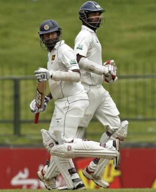 Thilan Samaraweera and Tharanga Paranavitana take a run, Sri Lanka v Pakistan, 3rd Test, Pallekele, 3rd day, July 10, 2012