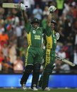 Makhaya Ntini and Mark Boucher celebrate after chasing 434, South Africa v Australia, 5th ODI, Johannesburg, March 12, 2006