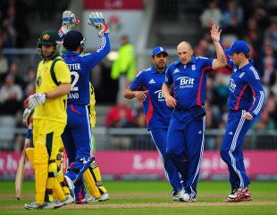 James Tredwell took two wickets on his England return
