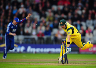 Michael Clarke was run out by Eoin Morgan's direct hit, England v Australia, 5th ODI, Old Trafford, July 10, 2012