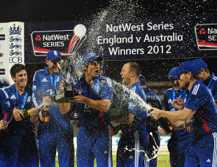 England celebrate their 4-0 series victory, England v Australia, 5th ODI, Old Trafford, July 10, 2012
