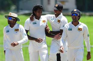 Dilhara Fernando dismissed Mohammad Hafeez, Sri Lanka v Pakistan, 3rd Test, Pallekele, 4th day, July 11, 2012