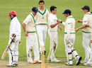 Ireland get together after a wicket, Ireland v Afghanistan, Intercontinental Cup, Dublin, 4th day, July 12