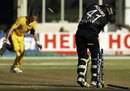 Brett Lee gets through Andre Adams' defences, World Cup 2003 - Australia v New Zealand at Port Elizabeth, 11th March 2003