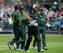 Nottinghamshire celebrate another wicket during Surrey's collapse, Surrey v Nottinghamshire, CB40, Guildford, July 15, 2012
