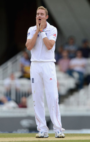 It was a difficult morning for the England bowlers, England v South Africa, 1st Investec Test, 3rd day, The Oval, July 21, 2012