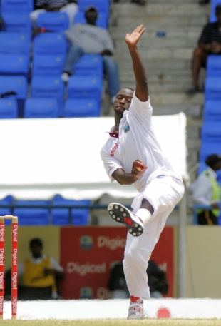 Kemar Roach runs in to bowl, West Indies v New Zealand, 1st Test, Antigua, 5th day, July 29, 2012