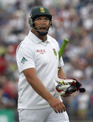 Jacques Kallis walks off after being dismissed for 19, England v South Africa, 2nd Investec Test, Headingley, 1st day, August 2, 2012