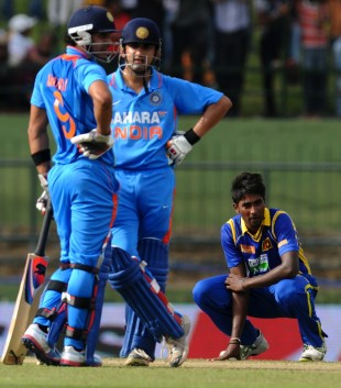 Gautam Gambhir and Manoj Tiwary added 110 for the fourth wicket, Sri Lanka v India, 5th ODI, Pallekele, August 4, 2012