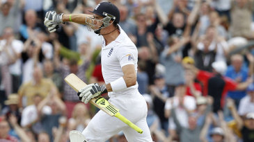 Kevin Pietersen celebrates his thrilling hundred