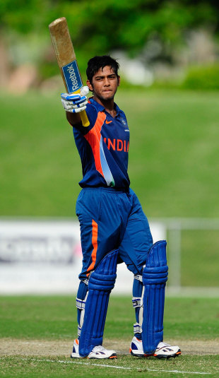Unmukt Chand raises his bat after scoring a century, Australia v India, Quadrangular U-19 Series final, Townsville, April 15, 2012