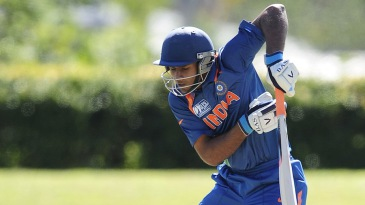 Hanuma Vihari fends a bouncer
